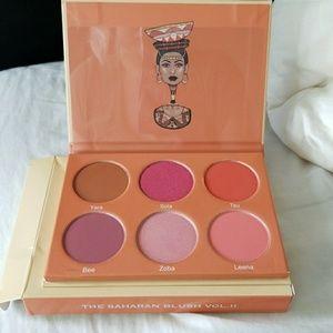Juvia's place Sahara blush palette 2